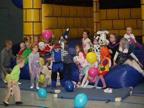 Karnevalfeier 2013 Eltern-Kind-Turnen