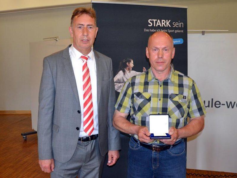 Goldene Ehrenmedaille für Frank Itzek