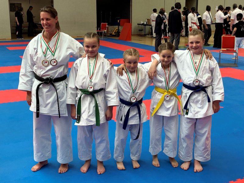 Hörster Karateka erfolgreich bei den Bezirksmeisterschaften
